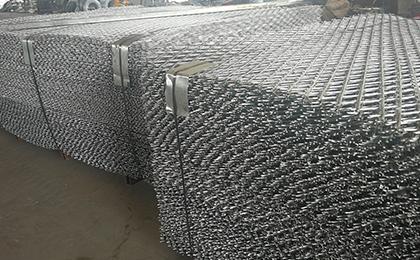 焊接型刺绳护栏网